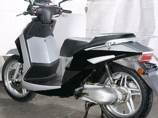 ZNEN ZN150T-18 Scooter