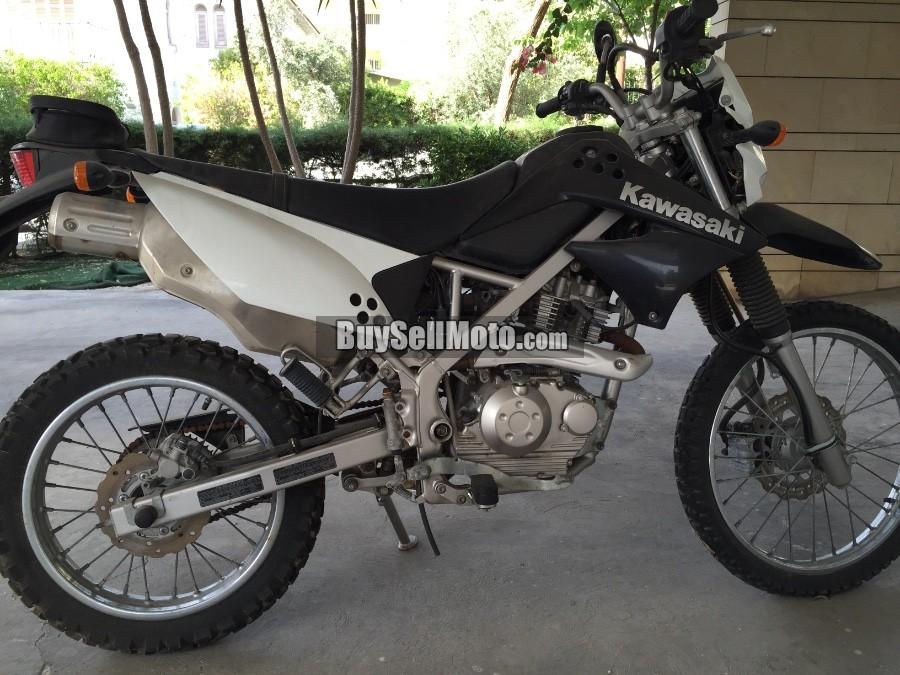 kawasaki klx 125 2011 21524en cyprus motorcycles. Black Bedroom Furniture Sets. Home Design Ideas